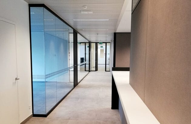 Line Systems Glass